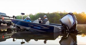 offloading alumacraft boat with evinrude outboard